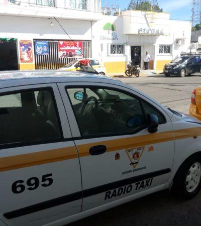 Acusan a taxista del Suchaa de robarle a pasajero en Chetumal