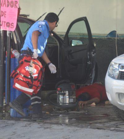 Atacan a balazos a un hombre en un lavadero de autos en la colonia Gonzalo Guerrero de Playa del Carmen