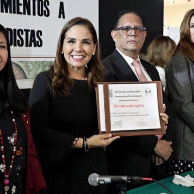 Viaja Mara Lezama a la CDMX para recibir ¡un premio! de la Cámara de Diputados