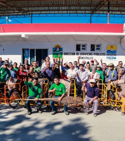 Entrega Alcalde equipamiento para trabajadores de Servicios Públicos en Tulum