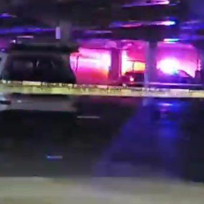 Ejecutan en las primeras horas del jueves a un hombre en el estacionamiento de tienda departamental en Cancún; detienen a 3 presuntos sicarios