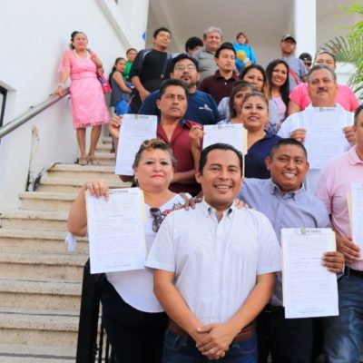 Candidatos para la Delegación de Puerto Aventuras reciben sus constancias de registro