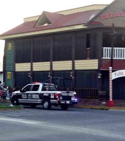 Tras salvaje agresión a una mujer, policías municipales resguardan negocios de la familia del golpeador en Chetumal