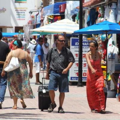 Inicia temporada alta de invierno con arribo de turistas a Cancún