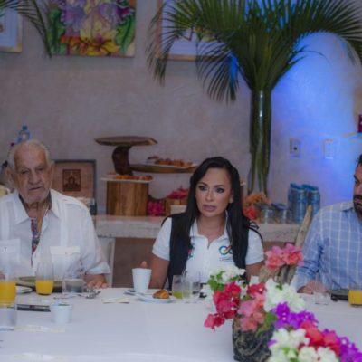 Laura Fernández se reúne con hoteleros para preparar soluciones contra el arribo de sargazo