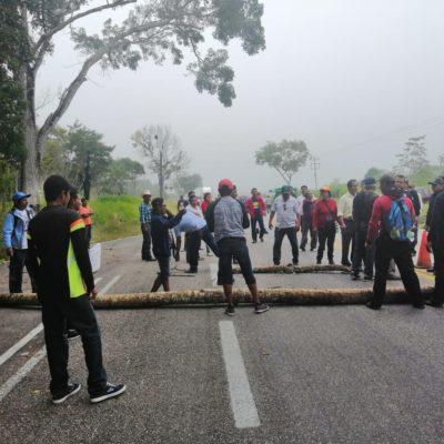 Bloquean ejidatarios carretera Chetumal-Escárcega