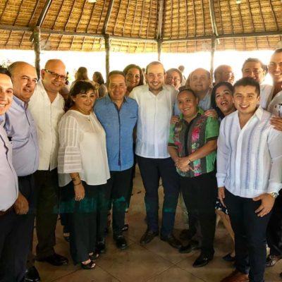 CÓNCLAVE ALBIAZUL EN CASA DE GOBIERNO: Se reúne Carlos Joaquín con líder nacional del PAN y panistas locales en Chetumal