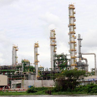 CONTROL TOTAL: Entra Ejército a refinería de Minatitlán, Veracruz, para resguardar producción