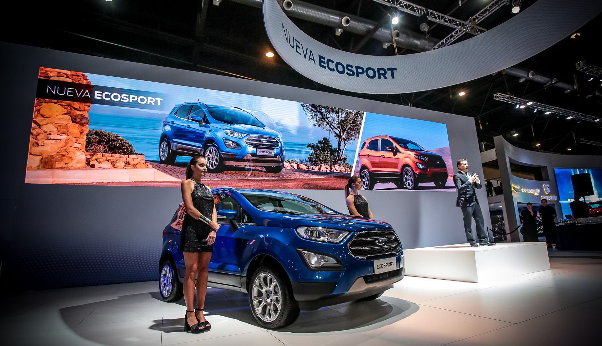 Planean Volkswagen y Ford alianza estratégica para enfrentar retos de la competencia en el sector de los vehículos eléctricos y de conducción autónoma