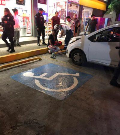 INTENTO DE EJECUCIÓN EN LA SM 502: Balean a un hombre que salva la vida al refugiarse en una tienda de conveniencia en Cancún