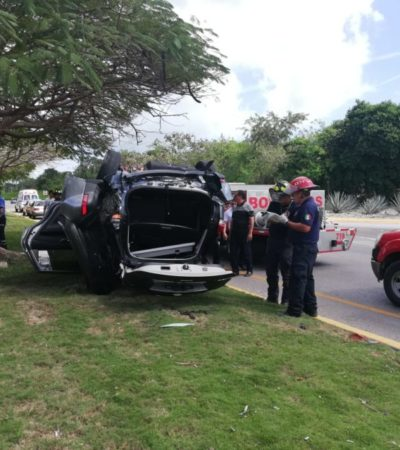Distracción de turista provoca accidente en la carretera Playa-Cancún
