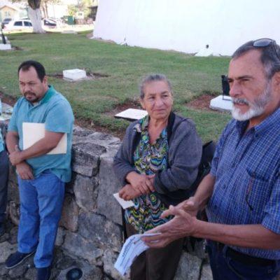 Se manifiestan chetumaleños en el Congreso del Estado para exigir actuación de diputados ante cobro excesivo de CAPA y CFE