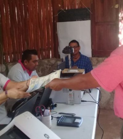 Para evitar esperar horas al recaudador de rentas, el INE instala módulo de atención en una palapa en Kantunilkín