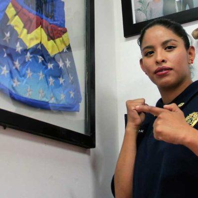 Entrena 'Mujer Maravilla' a policías en la CDMX