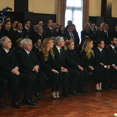 Asisten Peña Nieto y Angélica Rivera a funeral de Alfredo del Mazo González