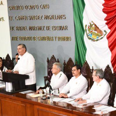Llama AMLO a la reconciliación en Tabasco tras acudir a toma de protesta de Adán Augusto