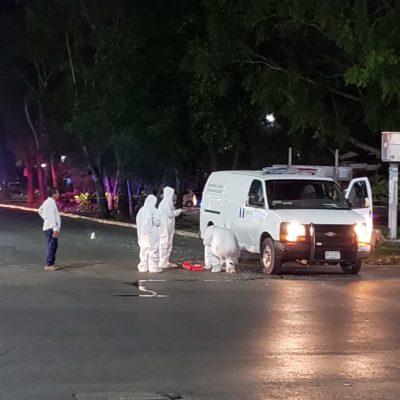 ATACAN SICARIOS CAMIONETA DE TRASLADO DE REOS EN CANCÚN: Dos custodios heridos en el cruce de la avenida Nichupté con Avenida 135