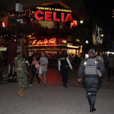 Matienen operativo de seguridad en zona turística de Playa del Carmen