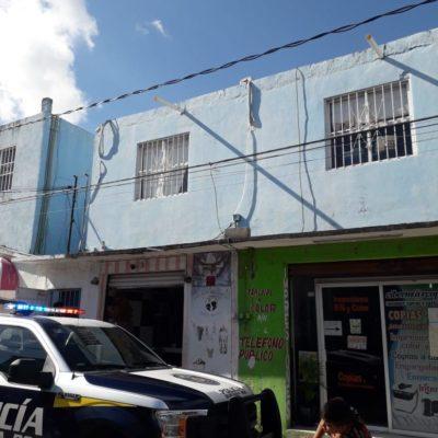JUEVES DE ASALTOS EN CANCÚN: Botín de más de medio millón de pesos en atracos en la Región 91 y por el Mercado 23; disparan contra contador al que no pudieron robar