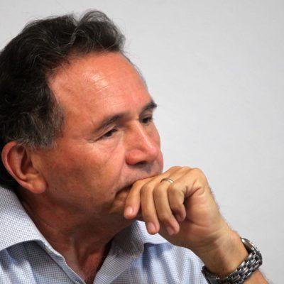 Rompeolas: El Dr. Pech mueve sus piezas en el sur de QR