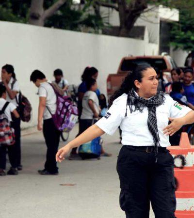 Mantienen operativo de vigilancia policiaca y auxilio vial en escuelas de Puerto Morelos
