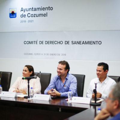 Pedro Joaquín entrega cartas de designación a ciudadanos que vigilarán ingresos del pago del Derecho al Saneamiento Ambiental de Cozumel