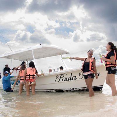 Representantes de medios de comunicación franceses realizan recorrido de familiarización por atractivos turísticos de Puerto Morelos