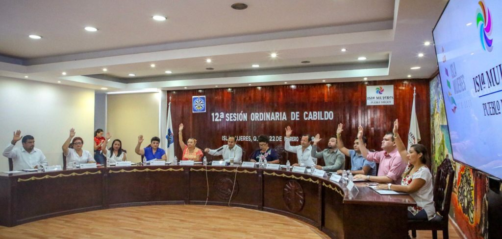 Cabildo de Isla Mujeres aprueba el Plan Municipal de Desarrollo 2018-2021