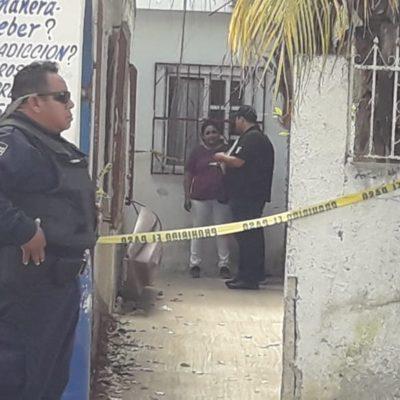 Hombre termina acuchillado en las costillas durante una riña en Cozumel