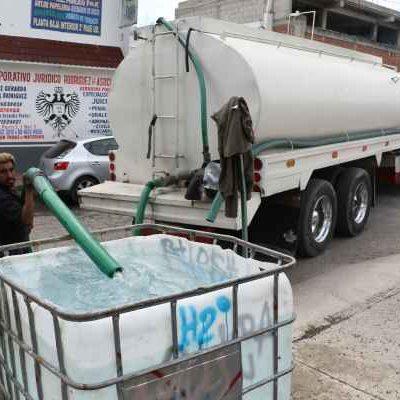 Denuncia alcalde de Ecatepec que su municipio sufre 'huachicoleo'… de agua