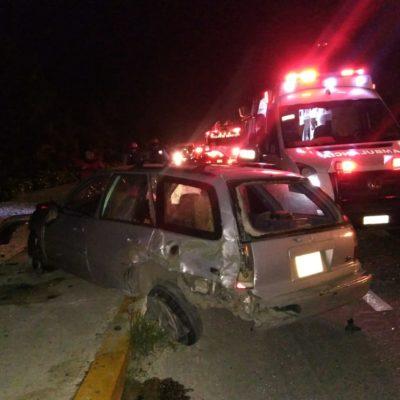 APARATOSO ACCIDENTE FRENTE AL VIDANTA: Tres vehículos involucrados con saldo de tres personas lesionadas