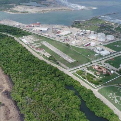 Invaden aguas negras terreno de la refinería en Dos Bocas; gobierno de Tabasco pide apoyo a Países Bajos para enfrentar riesgo ambiental