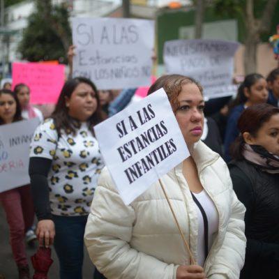 Protestan trabajadoras de 43 estancias infantiles en Veracruz por reducción en el presupuesto 2019