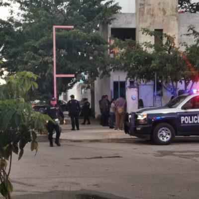 IBAN POR SU HERMANO: Residentes de fraccionamiento le disparan a un albañil en Playa del Carmen