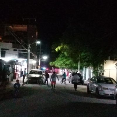 Balean a dos personas al salir de un bar en Puerto Morelos