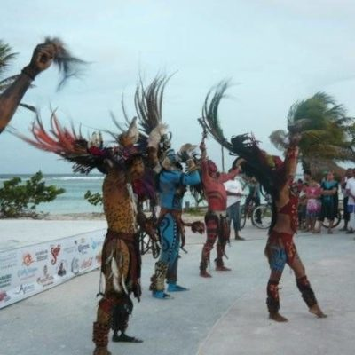Merman festivales en Mahahual por falta de presupuestos