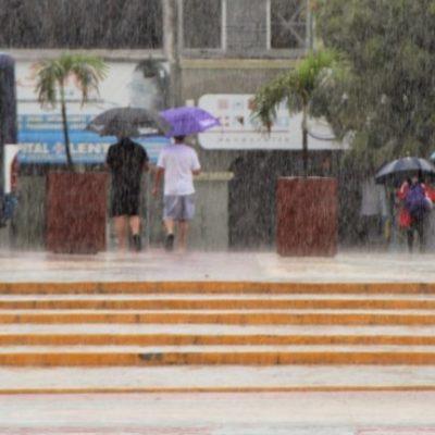 Segundo día de mal tiempo en Cancún provoca problemas en actividades cotidianas de los habitantes