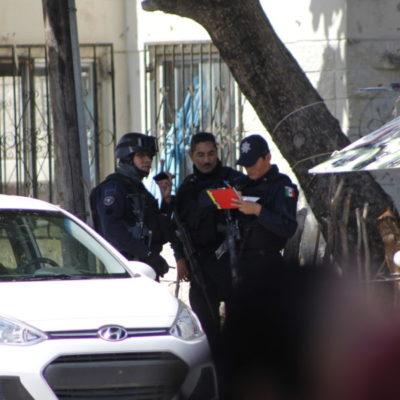 MARA REFUERZA SU SEGURIDAD: Más de una decena de escoltas y policías vigilan a la Alcaldesa; revisan a reporteros y fotógrafos que ingresan a conferencia en Palacio Municipal