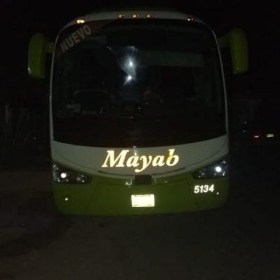 Asaltan autobús de la línea Mayab entre la carretera entre Tulum y Felipe Carrillo Puerto