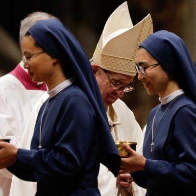 Admite el papa Francisco que curas y obispos han abusado de monjas