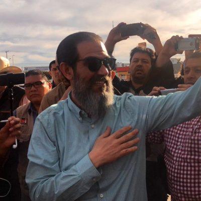 Reciben a Padrés con júbilo en Sonora; lamenta haber lanzado un 'agárrense hijos de la chingada'