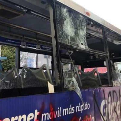 Exigen presuntos normalistas 'diálogo' en Chiapas, pero solo vandalizan y no presentan peticiones