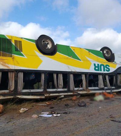 Deja seis muertos y al menos 30 heridos la volcadura de un camión en la carretera Hopelchén-Campeche