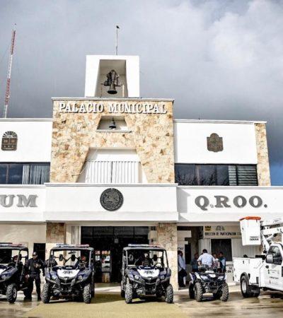 Entrega Alcalde góndola para Servicios Públicos y vehículos para Dirección de Tránsito en Tulum
