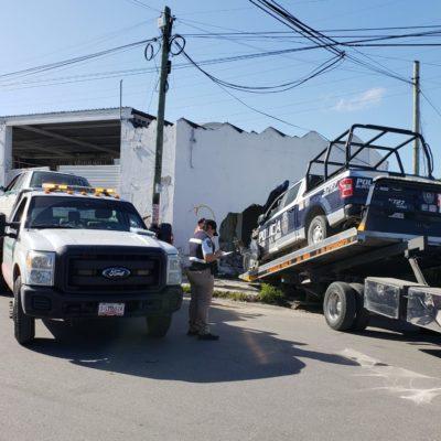 Fallece bebé lesionado en choque de una patrulla contra taxi ayer en la Avenida Talleres de Cancún