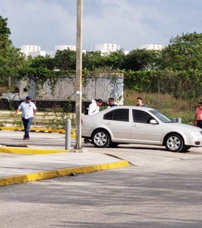 INTENTO DE EJECUCIÓN EN LA SALIDA DE UN SORIANA: Balean al conductor de un auto en la Avenida Chac Mool, en la SM 512 de Cancún