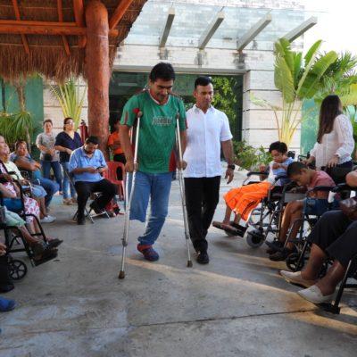 Entregan más de 30 aparatos ortopédicos a personas con discapacidad en vulnerabilidad