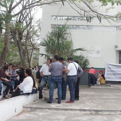 En paro nacional 12 mil 500 trabajadores de la Semarnat, cuya titular despacha en Yucatán