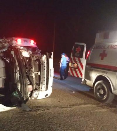 Fuerte accidente al chocar Van con estudiantes contra un tráiler en FCP