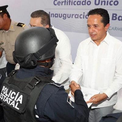 """INSISTE CARLOS JOAQUÍN EN UN MANDO ÚNICO POR DECRETO: """"Si tuviéramos alguna situación que lo impida, así sería"""", dice Gobernador; da respaldo a Capella"""